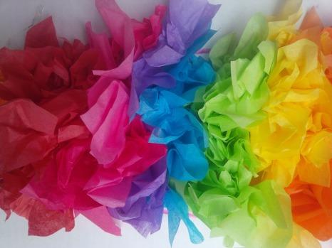 colored tissue